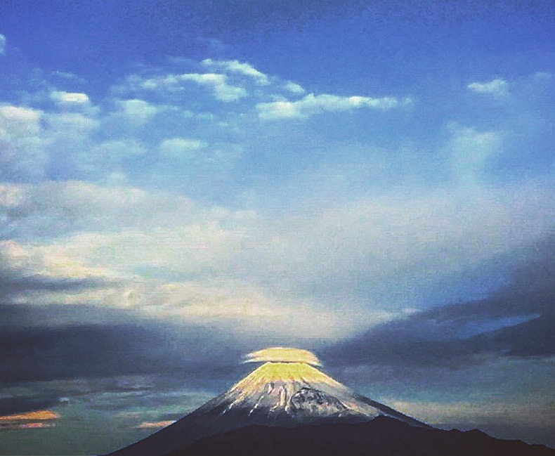 【富士山】長い歴史 富士山の名前の由来は?