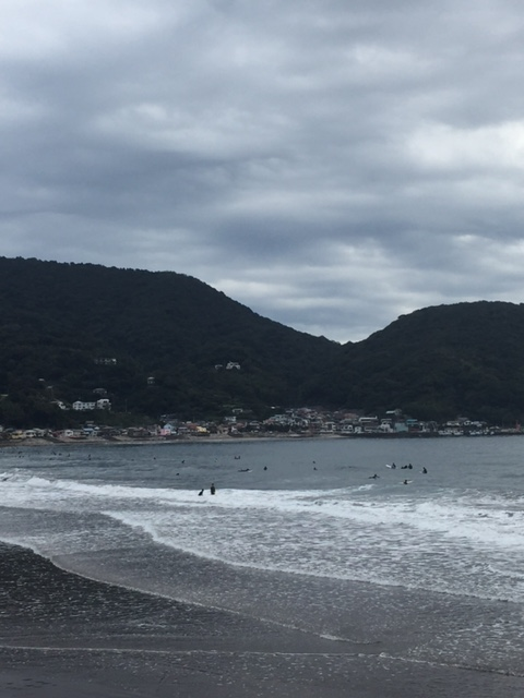 【サーフィン】秋の伊豆宇佐美!3ミリフルジャージで快適に波乗り~