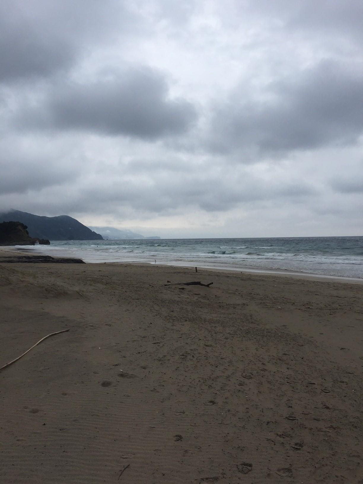 【サーフィン】伊豆白浜で波乗り!脇腹が痛くなったよ~怪我に注意!